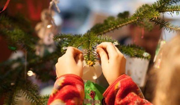 Going. | Bajki Na Święta. Znani Za Ladą - Księgarnia pod Globusem