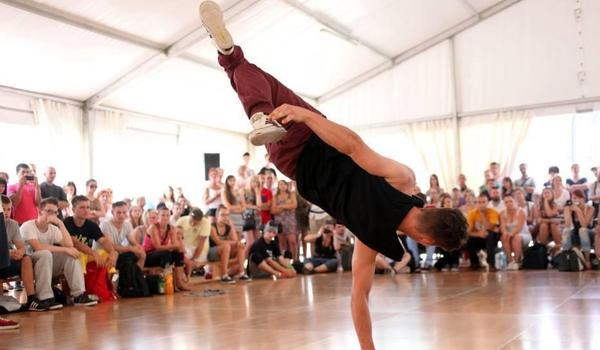 Going. | Konfrontacje Choreograficzne Młodych Tancerzy - Staromiejskie Centrum Kultury Młodzieży
