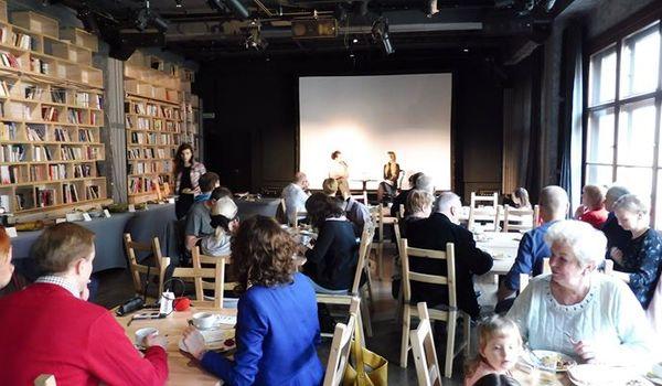 Going. | Dni Seniora w klubie PROZA - koncerty i kabaret