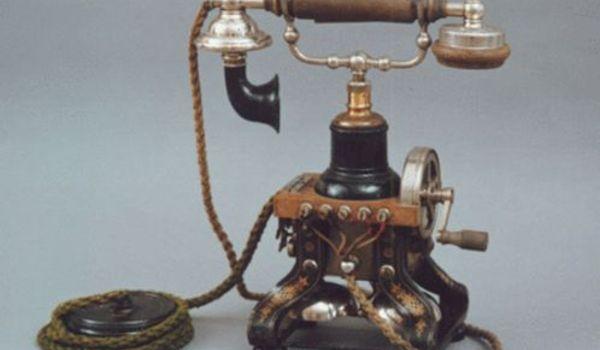 """Going.   Wystawa """"Telegraf I Telefon"""" - Muzeum Poczty i Telekomunikacji we Wrocławiu"""
