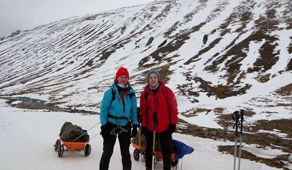Going.   Zimowy Trawers Islandii - Bonobo Księgarnia Kawiarnia Podróżnicza