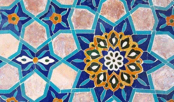 Going. | Lazur i turkus - warsztaty malowania kafelków - Muzeum Azji i Pacyfiku