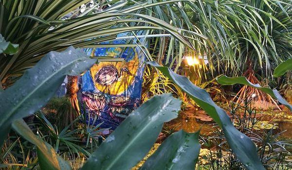Going. | W magicznym Ogrodzie wernisaż batików Marthy Mulawy