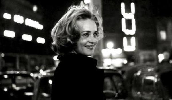 Going. | Jeanne Moreau - pożegnanie - Centrum Sztuki Filmowej