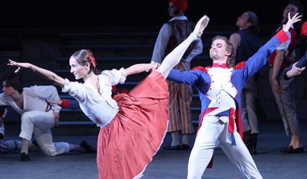 Going.   Płomień Paryża (Tryumf Republiki) – Transmisja Spektaklu Baletowego Z Teatru Bolszoj Z Moskwy - Kinoteatr Rialto
