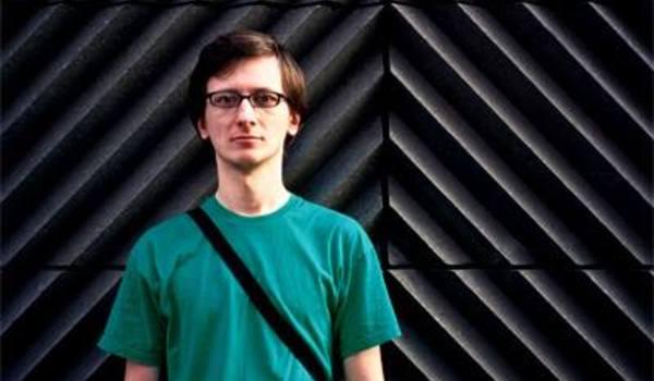 Going. | Wycieczki Osobiste i Michał Jońca: Wystawa Plakatów Na Ścianie