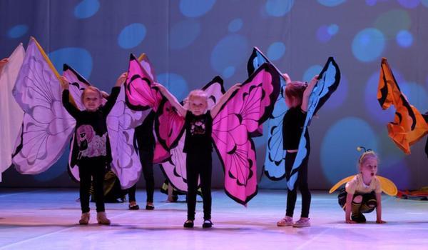 Going. | Mama Superbohaterka – Koncert Z Okazji Dnia Matki - Nowohuckie Centrum Kultury