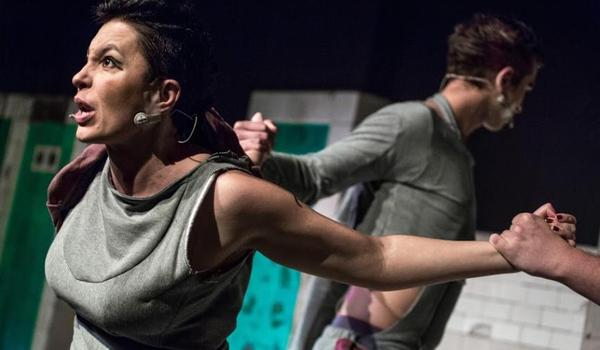 Going. | Dyktanda - Teatr Barakah / ArtCafe Barakah
