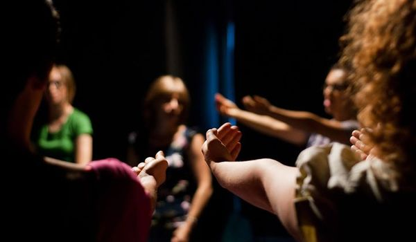 Going. | Lekcje szekspirowskie i warsztaty