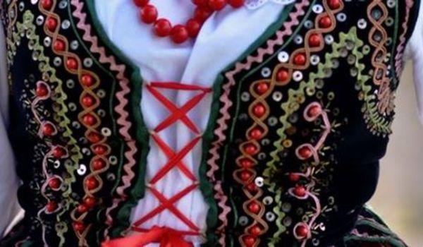 Going.   Kurs instruktora tańca ludowego w Łodzi