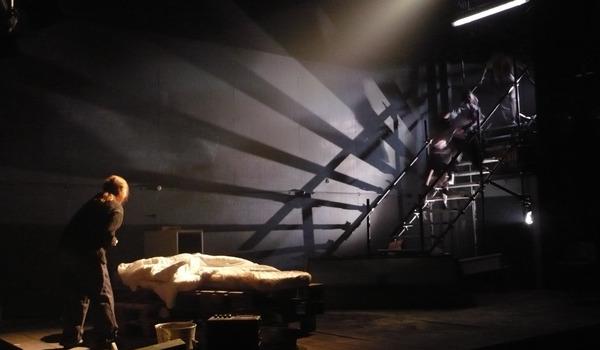 Going. | W Mrocznym Mrocznym Domu - Teatr Narodowy - Scena Studio