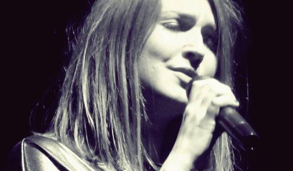 Going. | Karolina Leszko - The Piano Rouge
