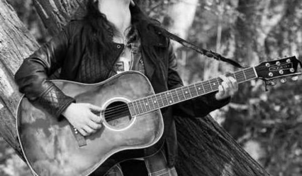 Going. | Amii Dawes - Piec' Art Acoustic Jazz Club