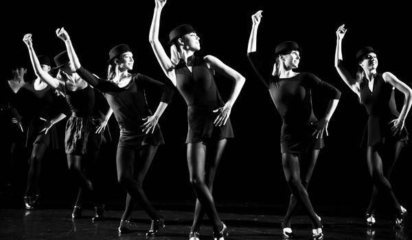 Going. | Ciemności - Teatr IMKA