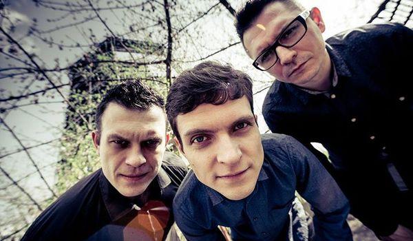 Going.   Tubis Trio