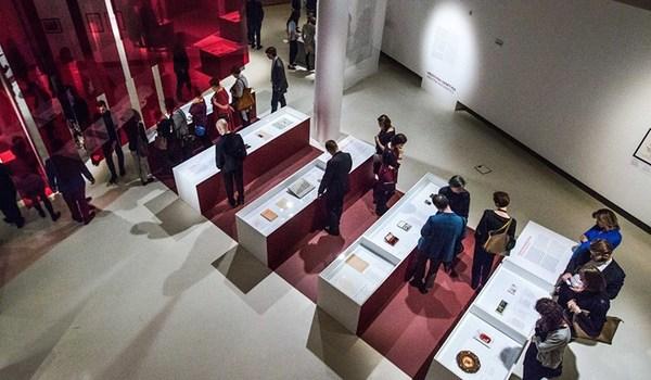 Going. | Oprowadzanie po wystawie czasowej z tłumaczeniem na PJM - Muzeum Historii Żydów Polskich POLIN