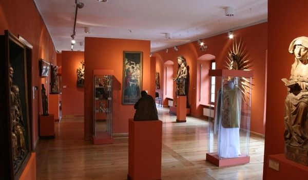 Going. | Galeria sztuki średniowiecznej - Muzeum Archidiecezjalne
