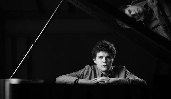 Going. | Szymon Nehring / Giancarlo Guerrero / NFM Filharmonia Wrocławska