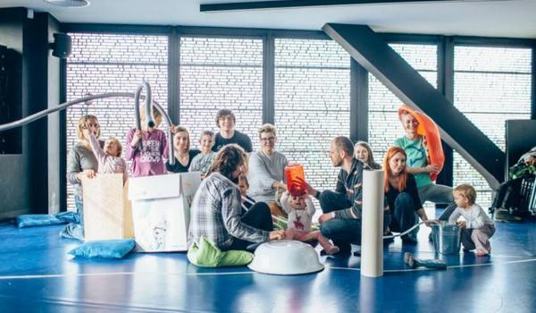 Going. | Laboratorium W Archiwum: Pomysły, Przedmioty I Ruch