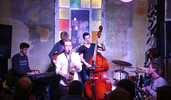 Going. | Jazz Jam Session W Absu - Absurdalna