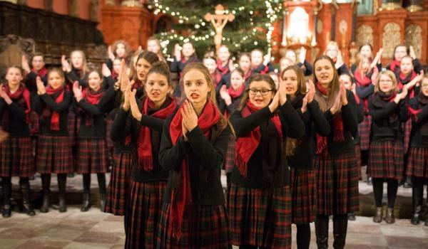Going. | Koncert Świąteczny: Chór Dziewczęcy Skowronki