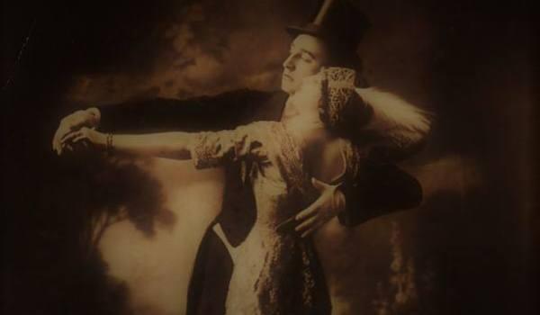 Going. | Na balu i w buduarze - taniec i moda w czasach Belle Epoque