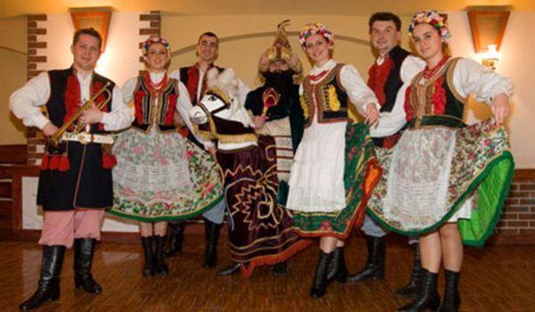 Going. | Występ Folklorystyczny